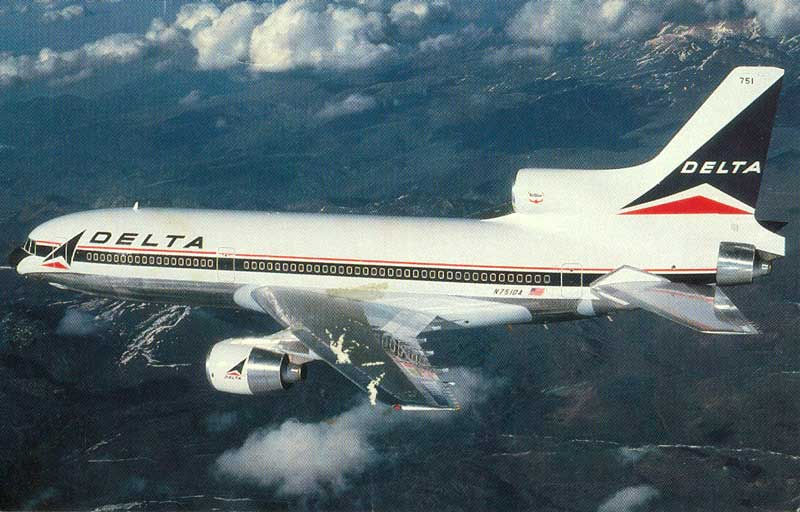 Lockheed L1011 Delta airliner